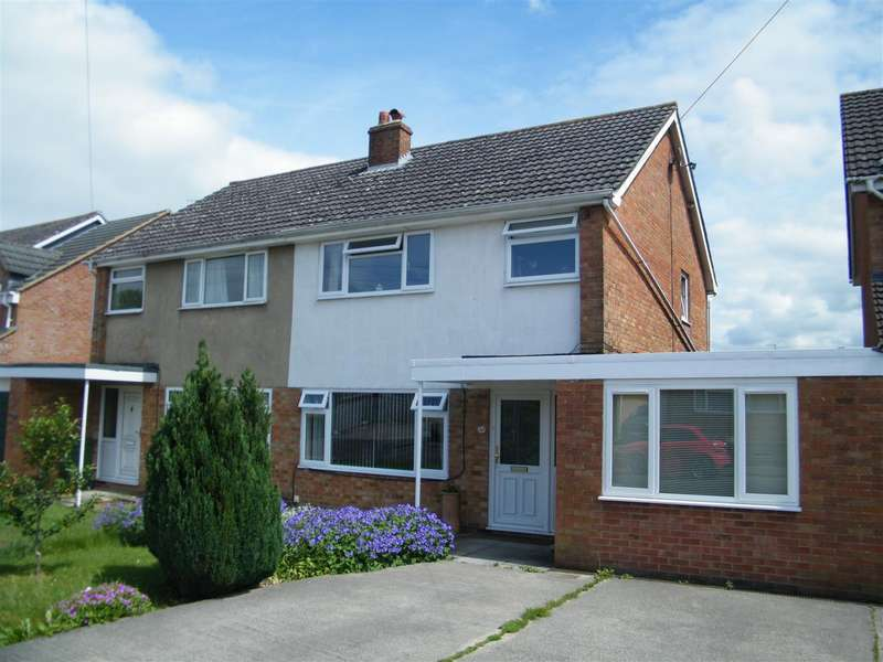 4 Bedrooms House for sale in Fairway, Calne