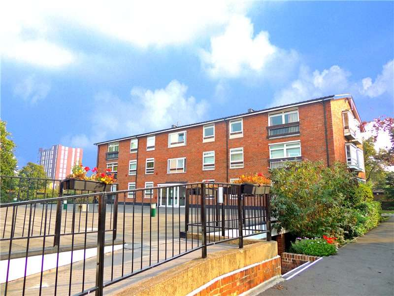 3 Bedrooms House for sale in Maresfield, Croydon