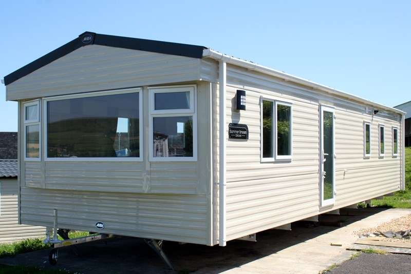 3 Bedrooms Mobile Home for sale in Popular Caravan Park