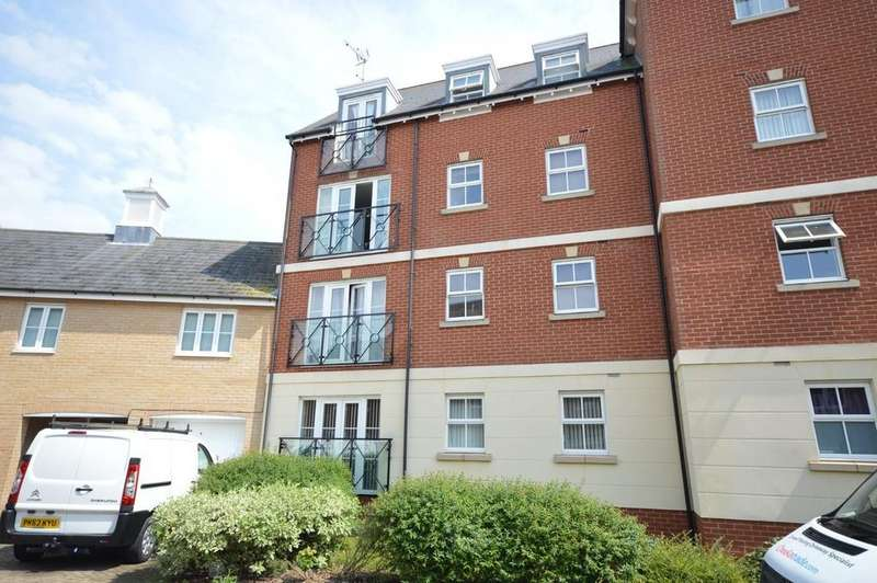 2 Bedrooms Flat for sale in John Mace Road, Colchester