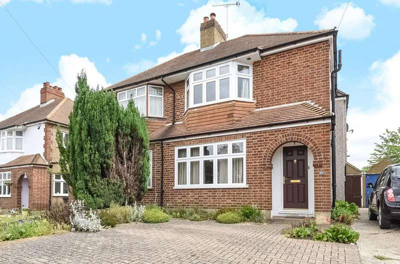 3 Bedrooms Semi Detached House for sale in Starts Hill Road Orpington BR6