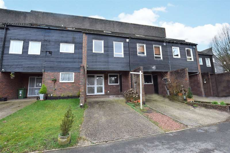 4 Bedrooms Town House for sale in Northcott, Bracknell, Berkshire, RG12