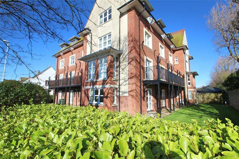 2 Bedrooms Apartment Flat for sale in Park Lodge, Park Road, Worthing, BN11