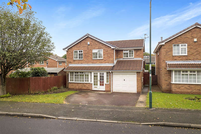 4 Bedrooms Detached House for sale in Lancaster Way, Nottingham, NG8