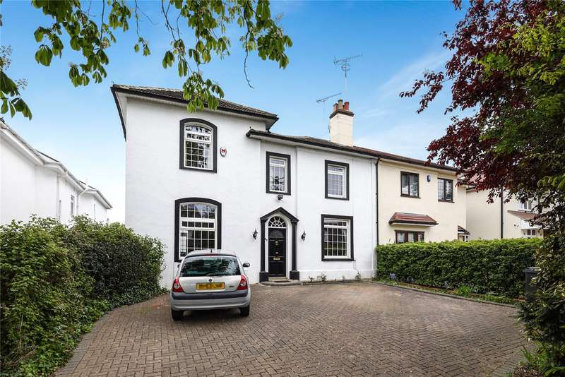 4 Bedrooms Semi Detached House for sale in Hainault Road, Chigwell, Essex, IG7