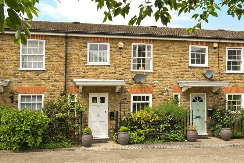 3 Bedrooms Terraced House for sale in Lancaster Place, London, SW19