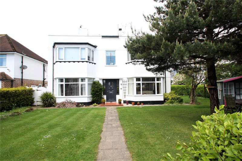2 Bedrooms Apartment Flat for sale in Robson Road, Goring-By-Sea, Worthing, BN12