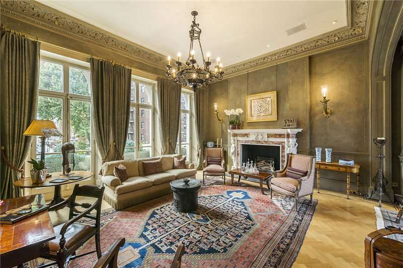 6 Bedrooms Semi Detached House for sale in Ennismore Gardens, South Kensington, London, SW7