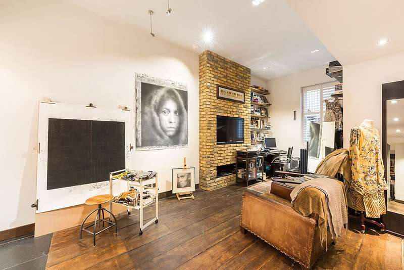 5 Bedrooms End Of Terrace House for sale in Guthrie Street, Chelsea, London, SW3