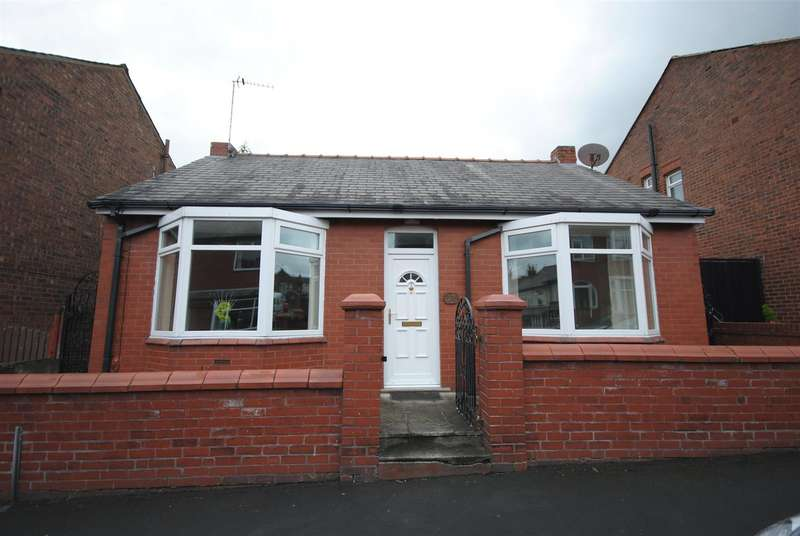 2 Bedrooms Detached Bungalow for sale in Eccleston Street, Swinley, Wigan