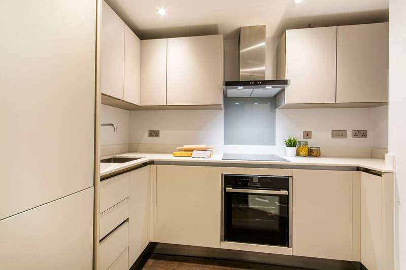 2 Bedrooms Flat for sale in Westow Hill, Crystal Palace, SE19