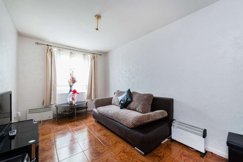 1 Bedroom Flat for sale in Gautrey Road, London, SE15
