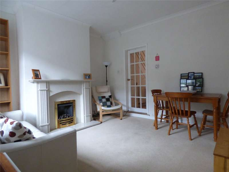2 Bedrooms Terraced House for sale in Archer Street, Mossley, Ashton-under-lyne, Lancashire, OL5