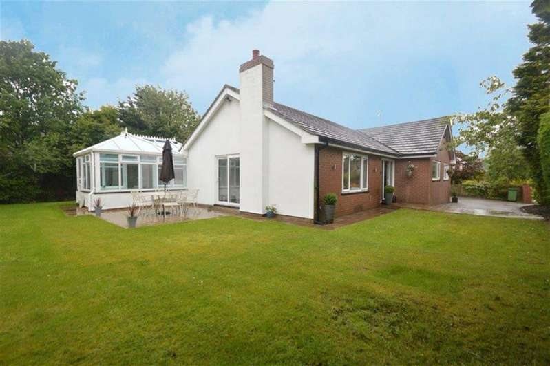 3 Bedrooms Property for sale in Birtles Road, Macclesfield