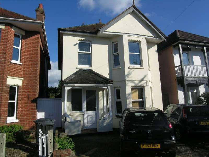 3 Bedrooms House for rent in 3 bedroom Detached House in Winton