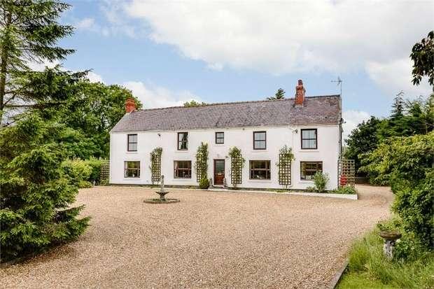 5 Bedrooms Detached House for sale in Well Street, Buckley, Flintshire