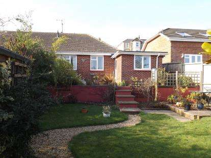 2 Bedrooms Bungalow for sale in Brading, Sandown, Isle Of Wight