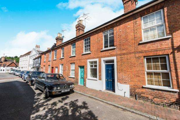 2 Bedrooms Terraced House for sale in Godalming, Surrey, .