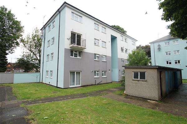 2 Bedrooms Apartment Flat for sale in 13, Slough