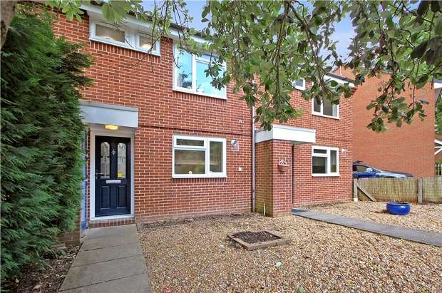 3 Bedrooms Terraced House for sale in Farnham, Surrey