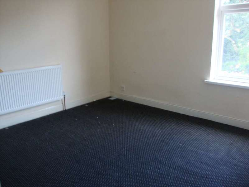 3 Bedrooms Terraced House for sale in Woden Road, Wolverhampton