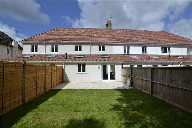 3 Bedrooms Terraced House for sale in Wyck Beck Road, Bristol, BS10 7JE