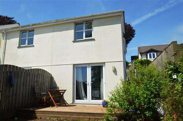 3 Bedrooms Semi Detached House for sale in PENRYN