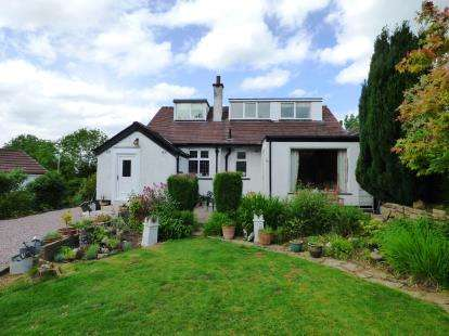 3 Bedrooms Bungalow for sale in Carr Brow, High Lane, Stockport, Greater Manchester