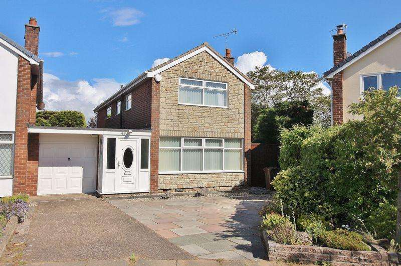 4 Bedrooms Detached House for sale in Thirlmere Drive, Ainsdale