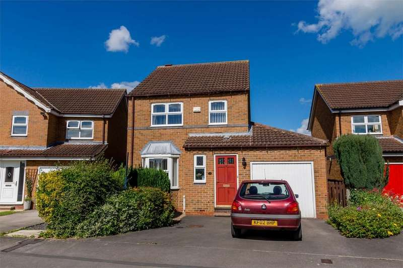 3 Bedrooms Detached House for sale in Bransholme Drive, Clifton Moor, YORK