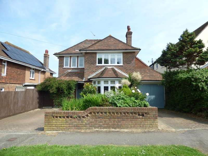 3 Bedrooms Detached House for sale in Holmesdale Road, Bexhill-on-Sea, TN39