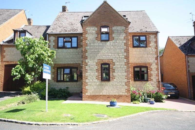 5 Bedrooms Property for sale in Newland Mill, Witney