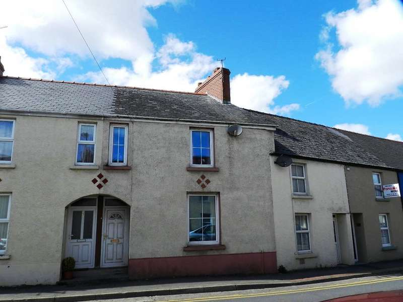 3 Bedrooms Terraced House for sale in Mayoral Terrace, Haverfordwest, Pembrokeshire
