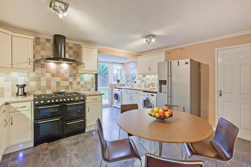 4 Bedrooms House for sale in Grimbald Road, Knaresborough