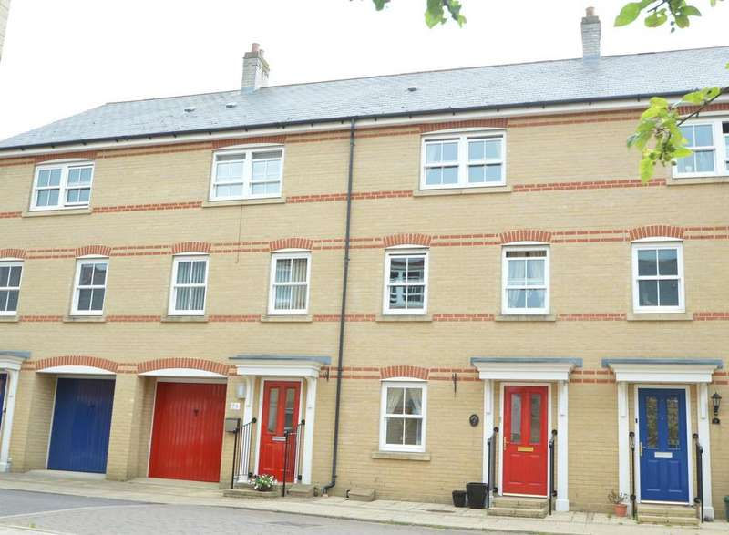4 Bedrooms Town House for sale in Massingham Drive, Earls Colne, Colchester CO6