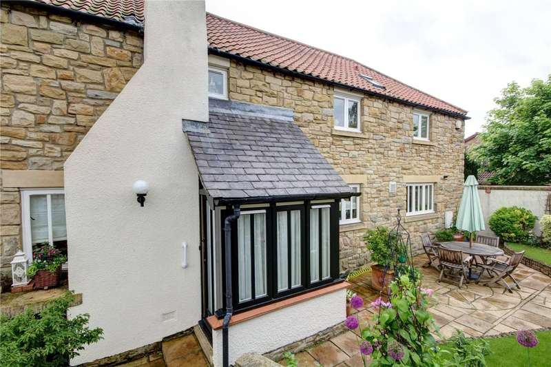 3 Bedrooms Terraced House for sale in Broom Farm West, Broompark, Durham, DH7