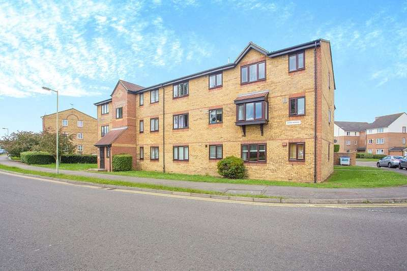 1 Bedroom Flat for sale in Crusader Way, Watford, WD18