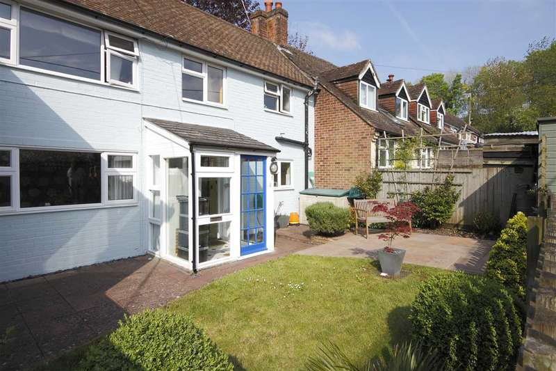 2 Bedrooms Terraced House for sale in Sunnyside, Swan Street, Kingsclere