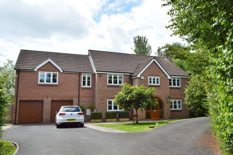 5 Bedrooms Detached House for sale in Brendons, Bishops Lydeard, Taunton, Somerset