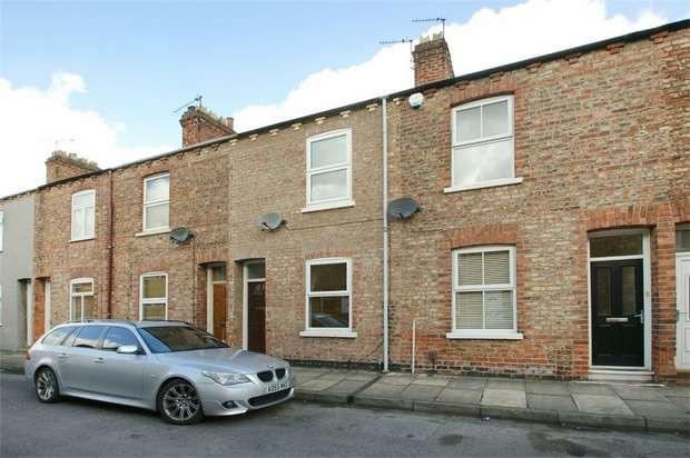 2 Bedrooms Terraced House for sale in Gladstone Street