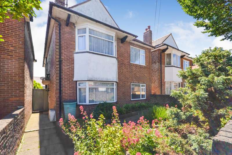 2 Bedrooms Flat for sale in Dacre Road, Eastbourne, BN20