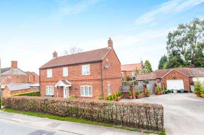 3 Bedrooms Detached House for sale in Main Street, Mareham-Le-Fen, Boston