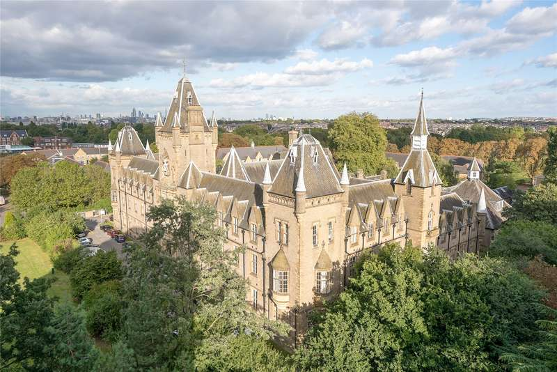1 Bedroom Flat for sale in Royal Victoria Patriotic Building, Fitzhugh Grove, London, SW18