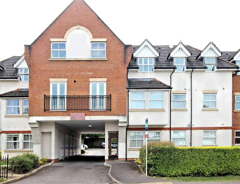 2 Bedrooms Apartment Flat for sale in The Old Dairy, 98 Goldsworth Road, Woking, Surrey, GU21