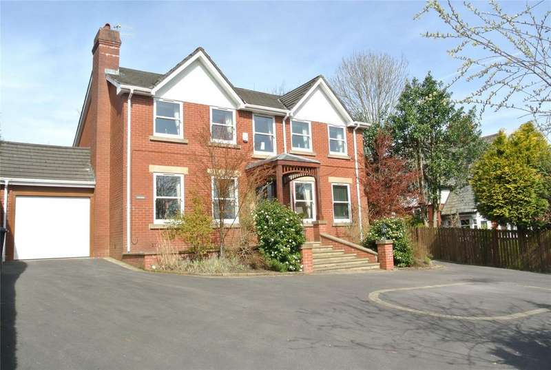 4 Bedrooms Detached House for sale in Oldham Road, Grasscroft, Saddleworth, OL4