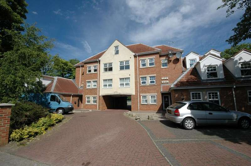 2 Bedrooms Flat for sale in Grosvenor Road, South Shields