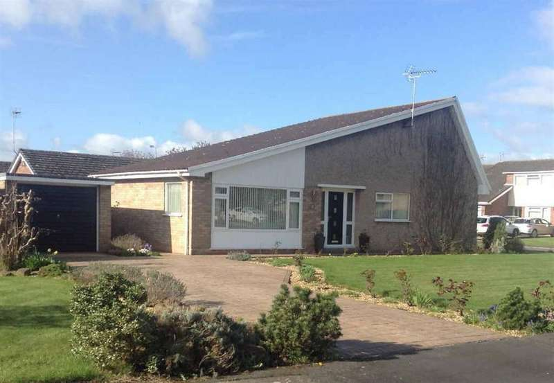 3 Bedrooms Detached Bungalow for sale in Brookdale Way, Waverton