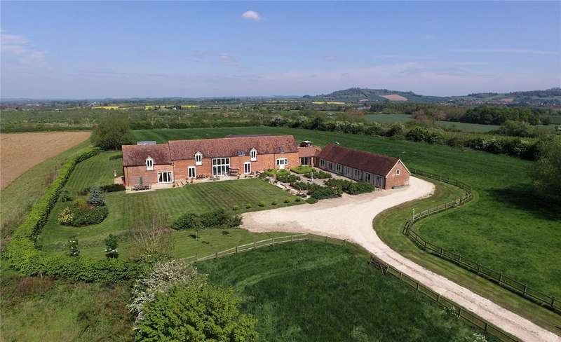 6 Bedrooms Detached House for sale in Mickleton Road, Honeybourne, Evesham, Worcestershire, WR11