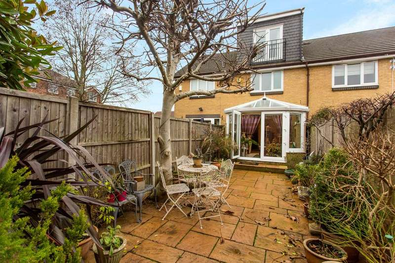 3 Bedrooms House for sale in Shire Horse Way, Isleworth