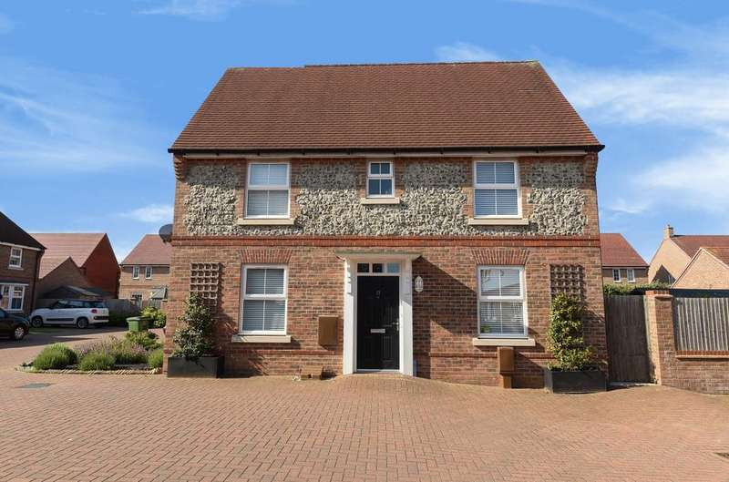 3 Bedrooms Detached House for sale in Sloe Gardens, Felpham, Bognor Regis, PO22